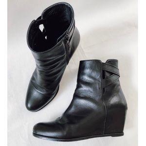 Stuart Weitzman black leather wedge booties boots